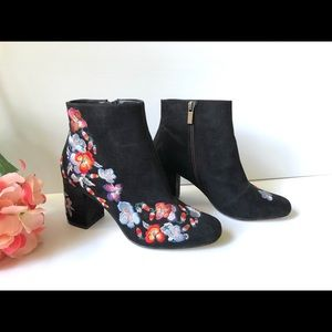 FOREVER NEW Black Embroidered Ankle Boots- Size 38